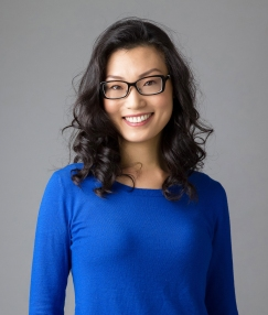 kelly yang headshot