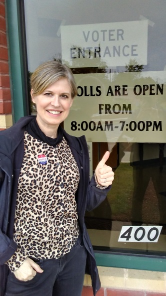 Sandra Neil Wallace voting voted in the Primary elections SEPT 2018